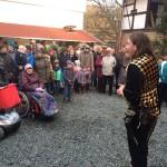 Chariash begrüßt das Volk